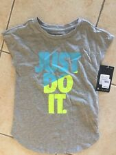 NEW GIRLS NIKE TOP SIZE  5-6 YEARS