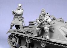 Tahk Tank 1:35 German SS Panzer Grenadier Kharkov #2 2 Resin Figures Kit #T35026