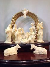 Christmas Jesus Manger Scene DiPinto Mano hand painted Italy Ivory Colored Resin