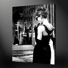 "AUDREY HEPBURN BREAKFAST AT  TYFFANYS CANVAS WALL ART PICTURES PRINTS 20""x16"""