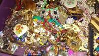 Vintage Costume Fashion Jewelry Lot ALL GOOD Wear Resell 5Pcs Brooch Bracelet +