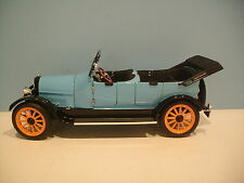 1:18 Scale Signature Models Blue 1917 REO TOURING 4 DOOR CONVERTIBLE Die-cast