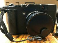 Fujifilm X Series X10 12.0MP Digital Camera - Black with case and charger