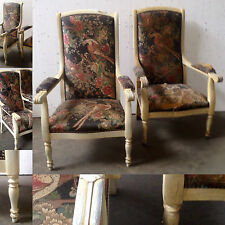 paire de fauteuils style renaissance , patinés , tapisserie .  XX siècle .
