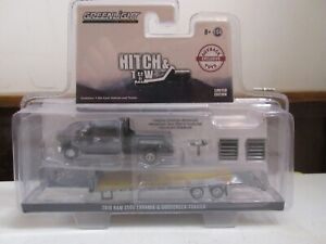 1/64 GREENLIGHT DODGE 3500 OUTBACK FLATBED TRUCK AND TRAILER