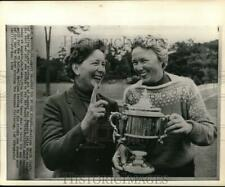 1964 Press Photo Marilyn Smith and Mickey Wright at Women's Golf Tournament