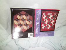 """CONTEMPORARY ART QUILT PATTERN - """"CUBIC RIBBONS"""""""