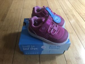 NEW STRIDE RITE Keegan 360 size 4 M Infant Girls Slip-on Athletic shoes