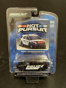Greenlight Hot Pursuit Ford Law Enforcement 2013 Explorer Interceptor Utility