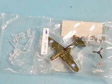 Bandai Wing Club 1:144 Militärflugzeug P-40N - Bausatz /TOP (1)