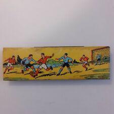 Plumier ancien Bois et Tôle lithographiée Illustration Football