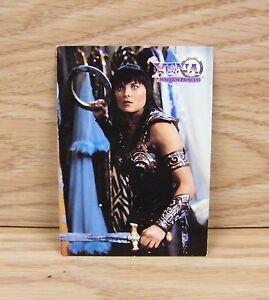 Xena Warrior Princess - Series 3 (24) Chakram Assault Battling on Trading Card