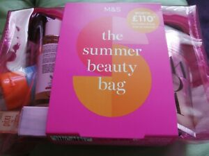 MARKS AND SPENCER - SUMMER BEAUTY BAG - WORTH