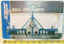 Kinze 4900 16 Row Planter 1/64 scale By Spec Cast in 2014 Brand New in Package