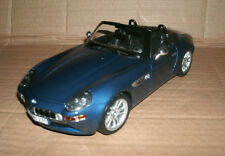 1/18 Scale BMW Z8 Convertible Roadster Diecast Model Blue Car - Maisto 36896