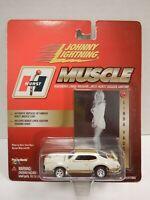 Johnny Lightning Hurst Muscle Linda Voughn #24 1:64 010820DBT6
