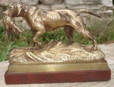 -Bronze Chien de Chasse rapportant le gibier signé Lecourtier