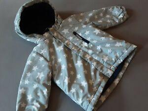 H&M Winterjacke Jungen 92 NEU Skijacke Outdoor Funktionsjacke Sterne grau weiß