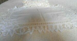 "8 White Napkins 55% Linen 45% Cotton Crochet Lace Designed Rectangular 18"" x 13"""