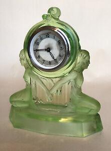 Art Deco Walther & Sohne 'Windsor' Uranium Glass Mantel Clock