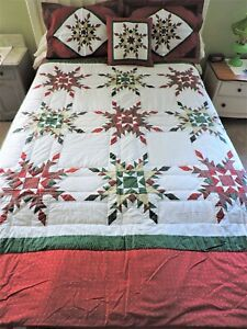 Feathered Star Queen Size Christmas Quilt, Pillow Shams, Pillow & Placemats