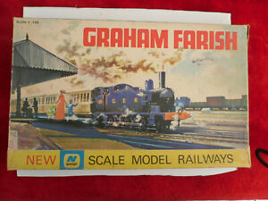 Graham Farish N Gauge NGS1 Starter Set