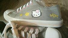 Sneakers grau Blumen + HELLO KITTY Gr. 32 👍 TOP Schuhe Chucks Schuhe