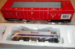 Atlas HO Scale-  AEM-7  Amtrak #909 Phase V Paint Scheme #909.