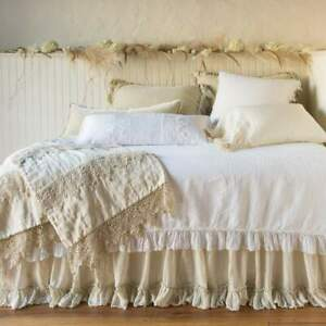 NWT  Bella Notte Frida Wedding Blanket in Parchment 100% Linen with Lace Trim