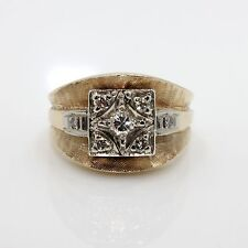 14k Yellow Gold with Diamonds(.27 CTTW) Men or Women Ring size 6.5
