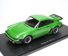 Porsche 911 turbo 3.0 tipo 930 vipergreen verde Green vert met. Autoart 77974 1:18