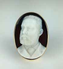 Hardstone Onyx Cameo of a Gentleman on an 18K Easel Signed Louis Zoellner