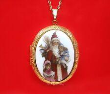 Porcelain CHRISTMAS OLD WORLD SANTA St Nick & Two Girls CAMEO GT Locket Necklace