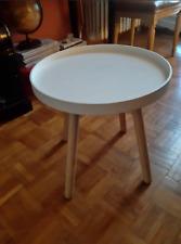 petit table en plastique