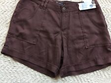 Lee Midrise Fit Brown Chateau  Shorts Size 14 Medium, Just Bellow The Waist, NWT