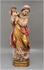 Madonna mit Kind - Holz geschnitzt - farblich gefaßt - 42,5 cm