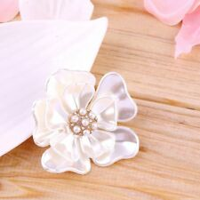 Luxury Elegant Women Faux Shell Pearl Vintage Flower Brooch Pin Brooches AZ