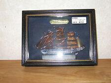 MAYFLOWER *NEW* Cadre vitrine bâteau Cutty Sark 20x15cm voiles dorées