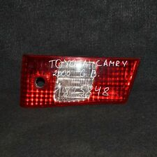 Toyota Camry Rear Right Tailgate Taillight 23250 33-55 MK4 2000