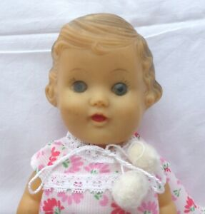 1950'S SQUEAKY RUBBER GIRL DOLL