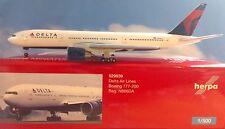Herpa Wings 1:500 529839 Delta Air Lines Boeing 777-200 n866da MERCE NUOVA *