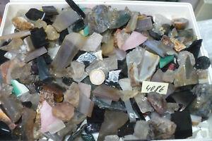 Edelstein ,Mineral  Rohstein -  Abschnitte - ca 4000 gr Nr  4086