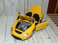 MAISTO 1994 FORD MUSTANG MACH 3 CONVERTIBLE CONCEPT CAR 1/18 YELLOW DIECAST