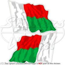 "Madagascar Bandiera Onda malgache Repubblica ADESIVI 75mm (3"") Pegatinas x2"