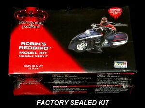 REVELLL 1/25 scale kit Batman & Robin ROBIN'S REDBIRD  # 85-6725 Sealed
