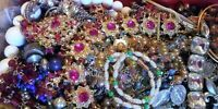 Vintage Now Jewelry Lot 5 Pc Mix ALL WEAR NO Junk Necklace Brooch Resell Gift