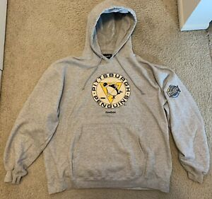 Pittsburgh Penguins Winter Classic Size Large Sweatshirt by Reebok
