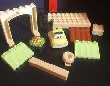 Partial 7788 Luigi's Luigis Casa Della Tires DISNEY CARS Mega Bloks Blok 12 Pcs