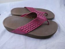 Fitflop pink cutout Leather Thong Sandals Size UK 7