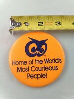 Vintage RED OWL grocery store pinback button pin COURTEOUS PEOPLE employee issue